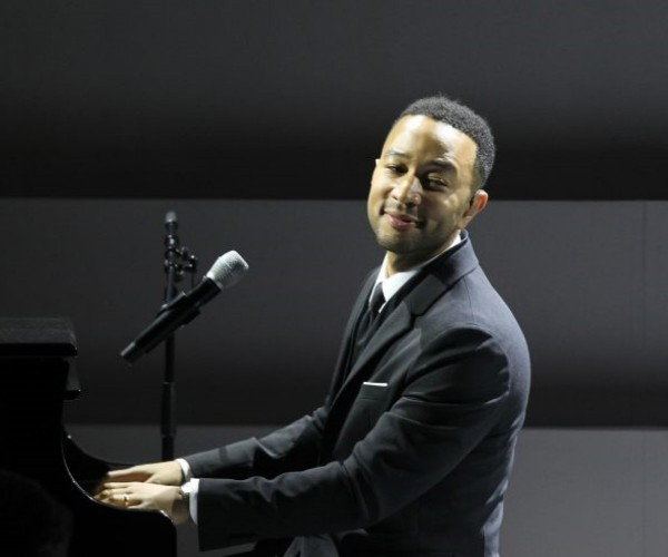 John Legend - Thursday 9...
